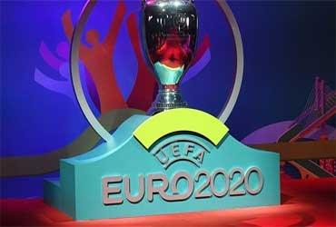 Футбольный союз Англии ведет переговоры с УЕФА о том, чтобы Великобритания стала единоличной хозяйкой перенесенного Евро-2020
