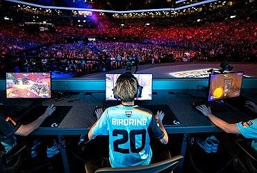Отмена киберспортивных турниров из-за коронавируса