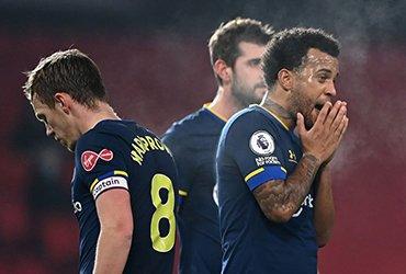 «Манчестер Юнайтед» разгромил «Саутгемптон» со счетом 9-0